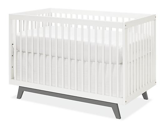 Flynn Crib