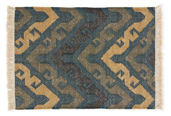 Chalice 2'x3' Rug