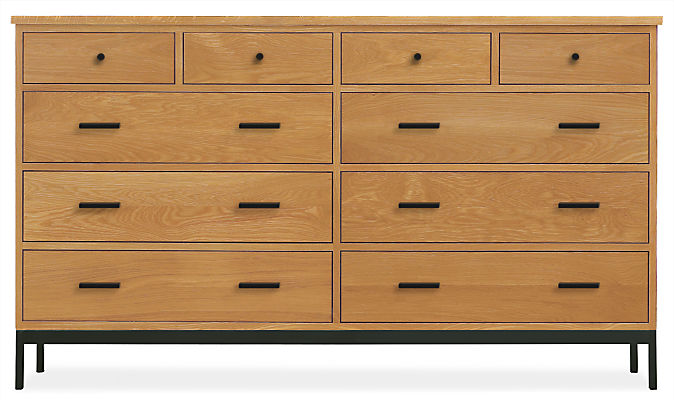 Linear 67w 20d 38h Ten-Drawer Dresser