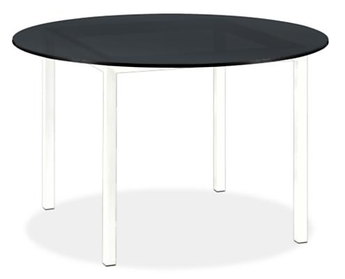 Pratt 48 diam Outdoor Table