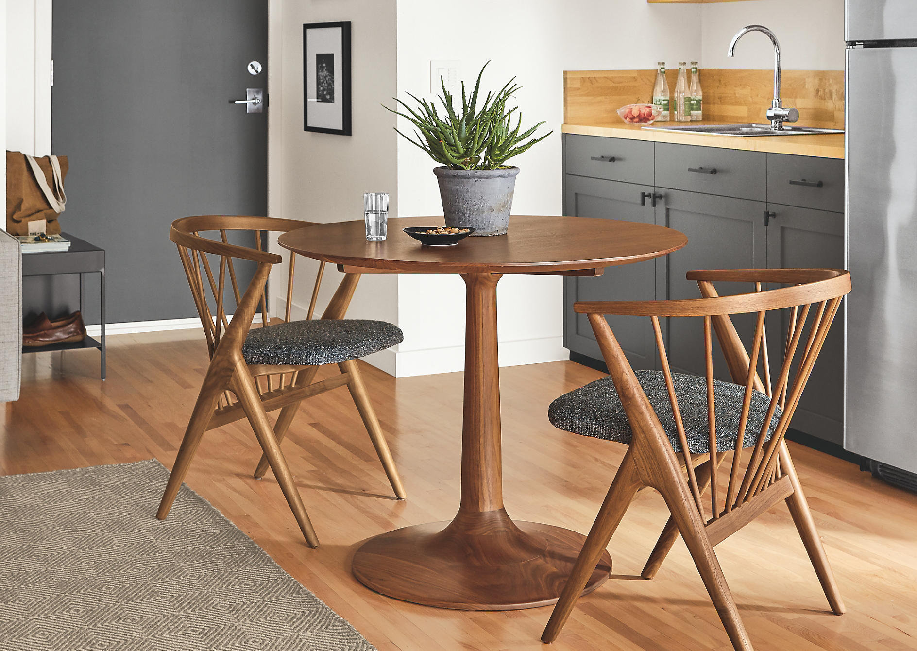 Dining Tables Chairs For Small Spaces, Dining Room Sets For Small Spaces