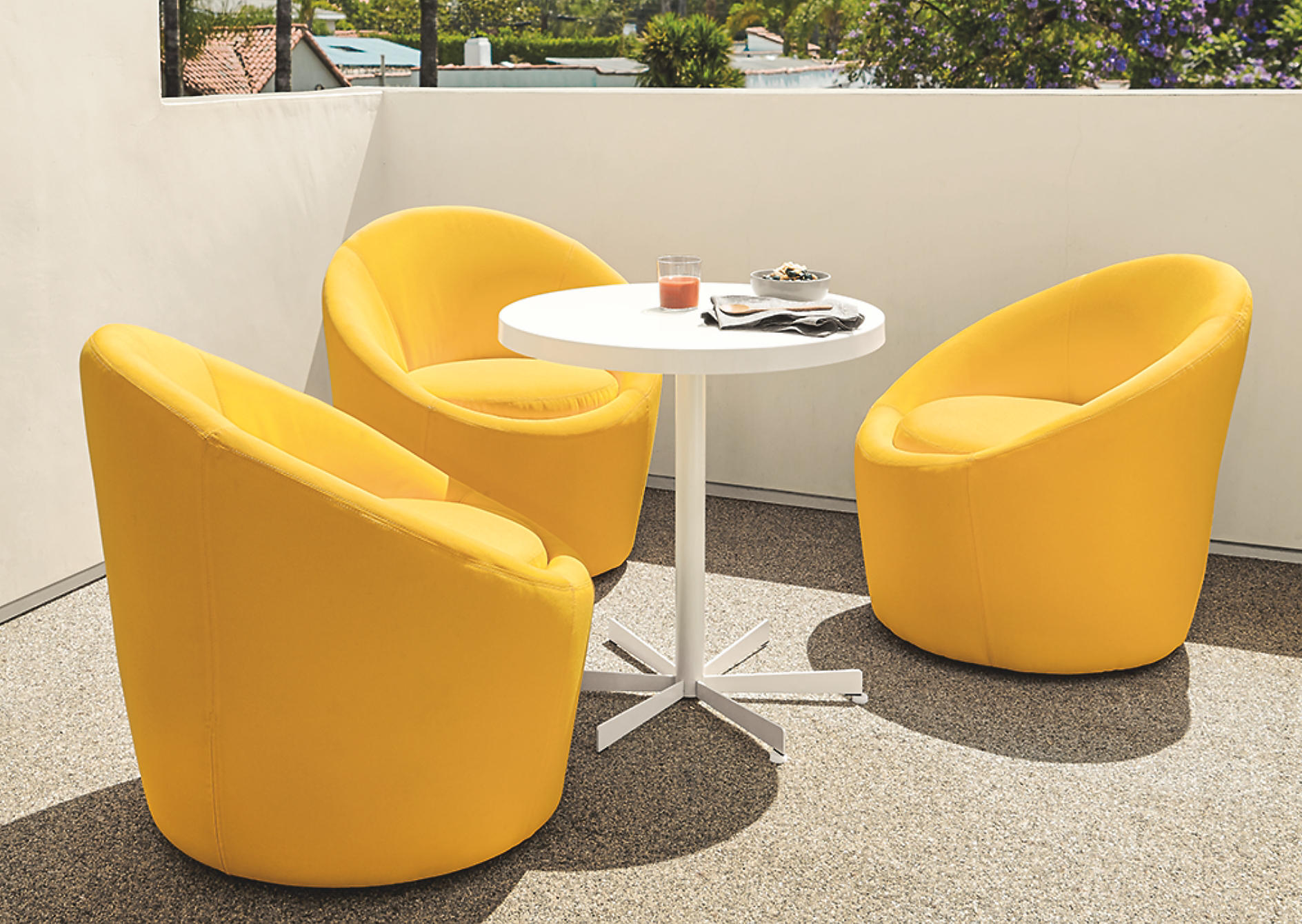 outdoor furniture for small spaces