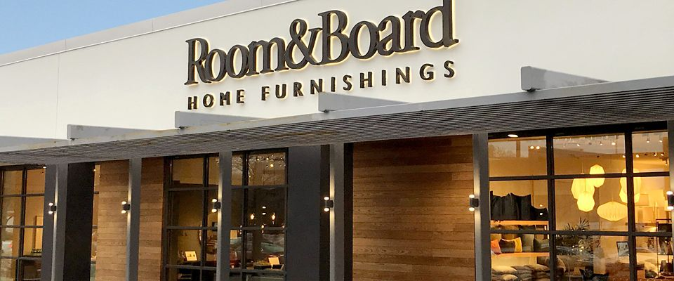 Room & Board Skokie is a friendly modern furniture store in the greater Chicago area.