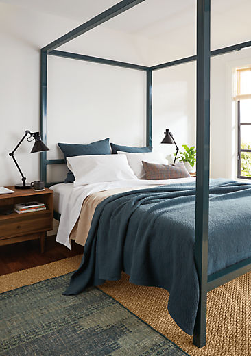 Bedroom with Architecture queen standard bed in slate