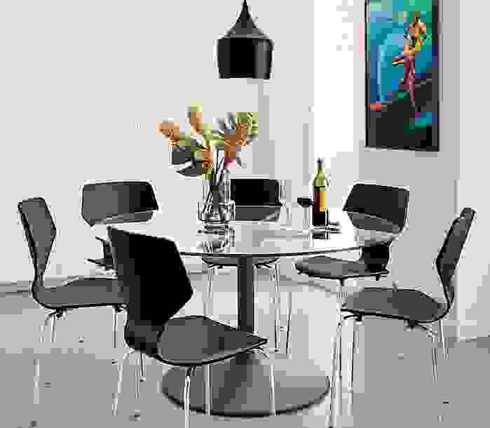 Aria Table and Pike Chairs