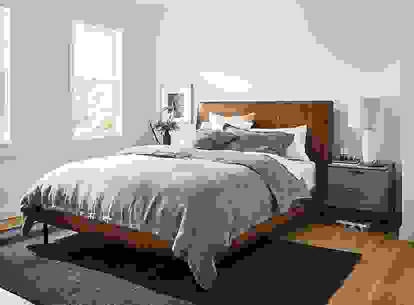 Cabatti Bedding on Ella Leather Bed