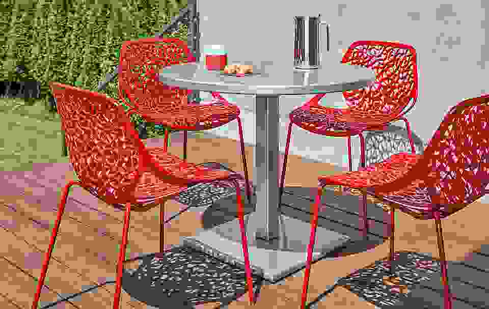 Maris Table with Caprice Chairs in Red