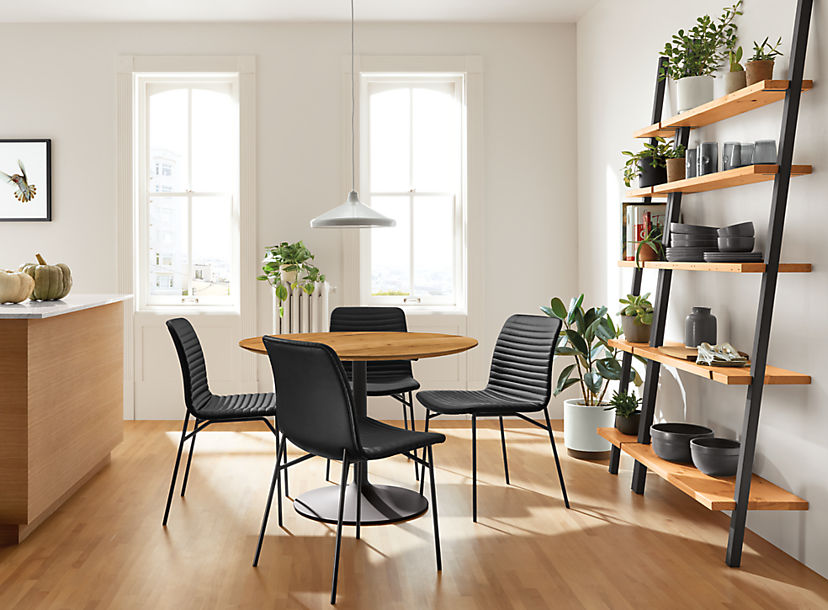 Cato Chairs with Aria Table