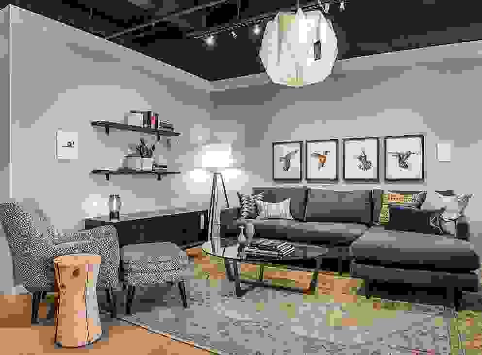 Dallas Showroom 8