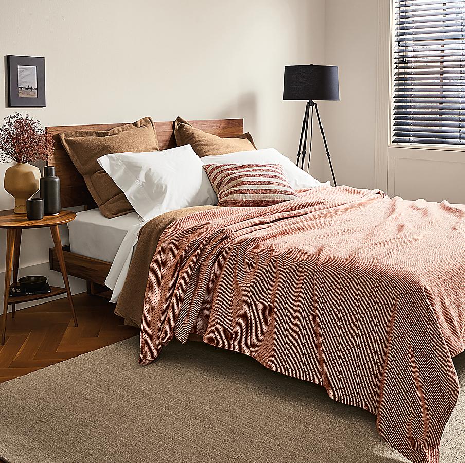 Bedding in Camel & Spice