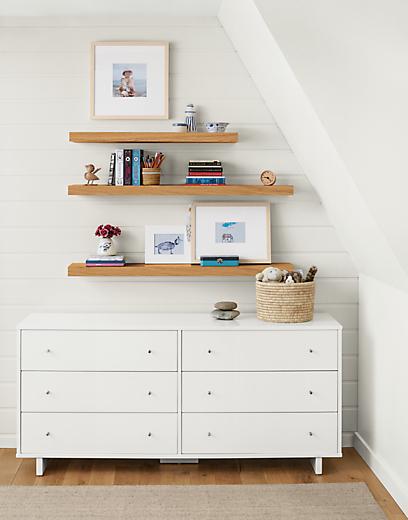 Detail of Moda six-drawer dresser