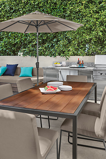 Detail of outdoor Montego table