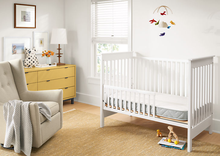 Detail of Natural organic latex crib mattress in Nest crib in baby's room