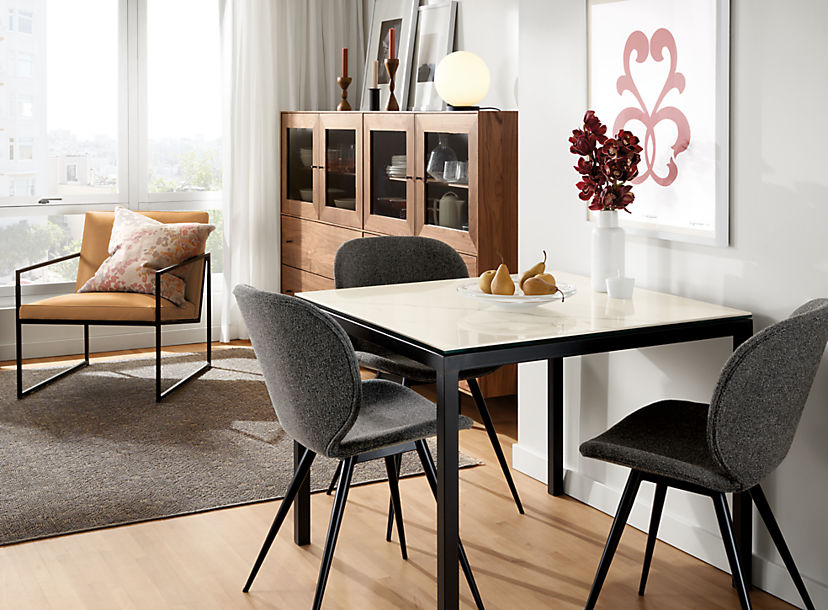 Parsons Square Table with Gwen Chairs