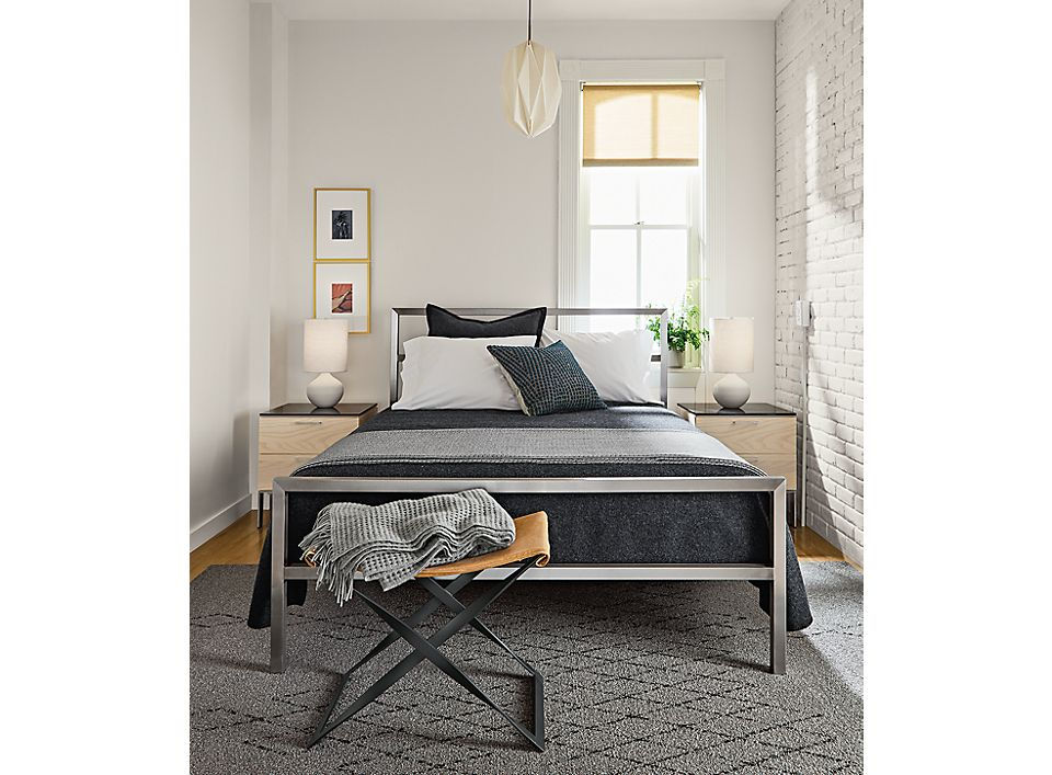 Detail of Portica stainless steel bed