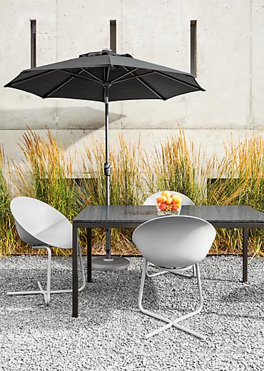 Detail of Pratt outdoor dining table