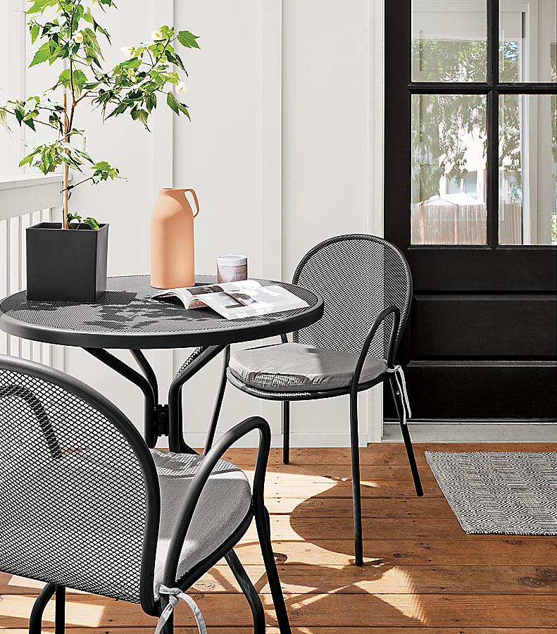 Kona Table & Rio Chairs