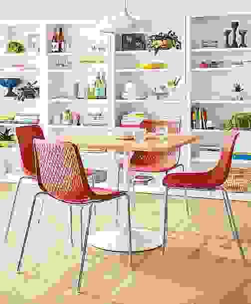 Scandinavian Dining Room with Mini Rain Chairs