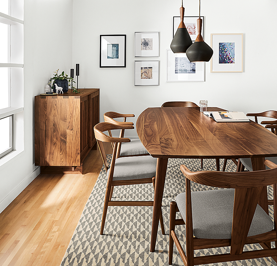 Ventura Table and Evan Chairs